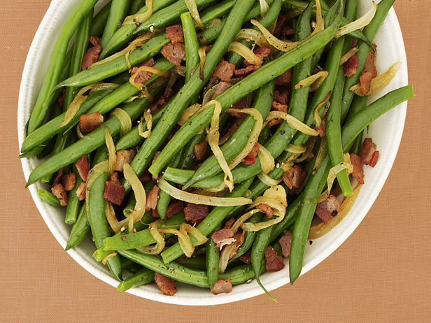 Thanksgiving Side Dishes - Bacon Braised Green Beans by Emeril Lagasse